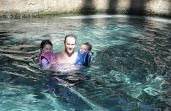 1.1330732491.swimming-in-the-warm-mataranka-spring